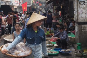 Hanoi, a beautiful mess. (A love letter).